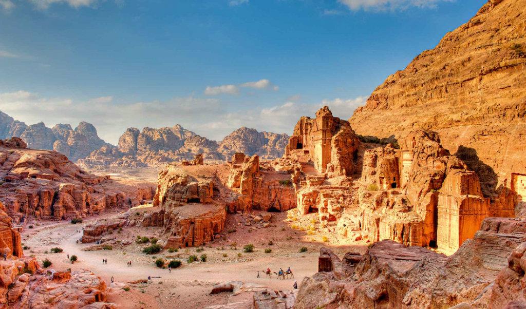 Израиль и Иордания с перелетом, питанием и экскурсиями от 1097 $