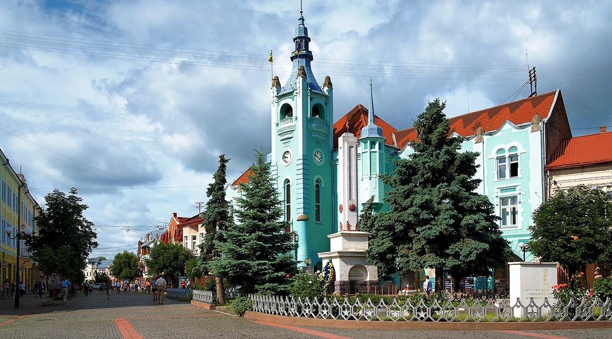 Тур на Закарпатье на 8 марта! Поезд из Киева!