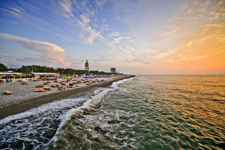 Веселенькие каникулы с отдыхом на море (Тбилиси 2 ночи + отдых на море в Батуми 5 ночей)