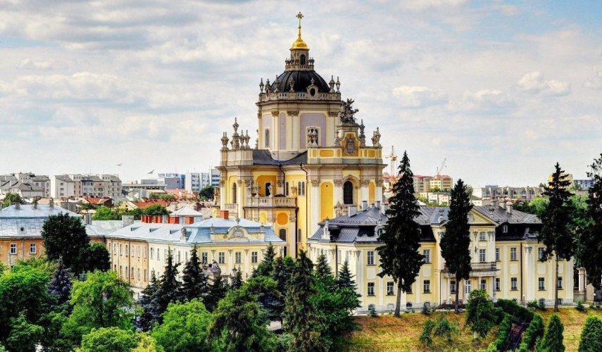 Выходные в Украине: два главных города – Киев+ Львов