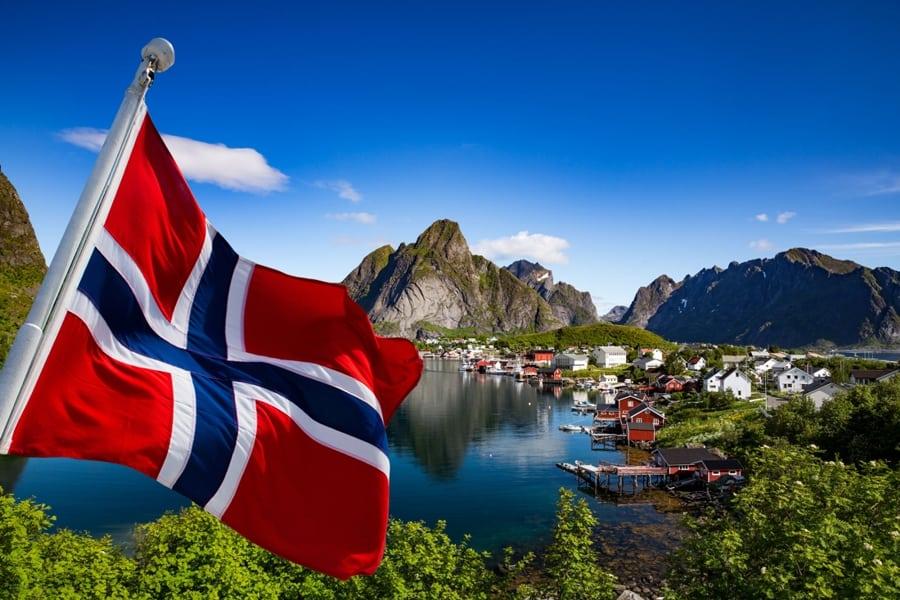 Фьорды Норвегии  + Копенгаген