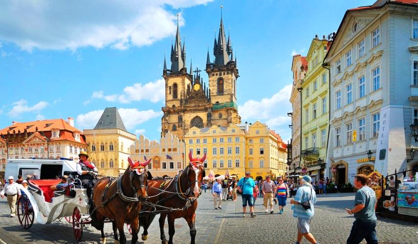 Майские праздники в Праге с перелетом и питанием+ 2 экскурсии