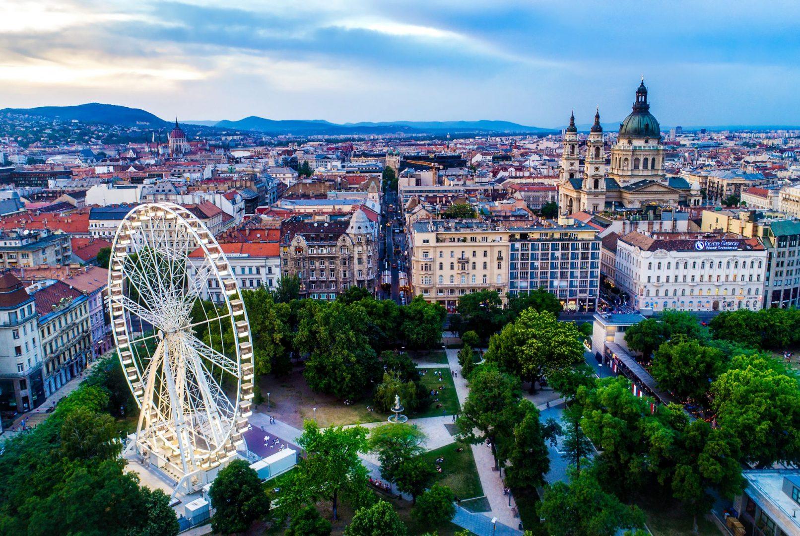 Вся Венгрия в одном туре с перелетом, экскурсиями и питанием от 436 евро