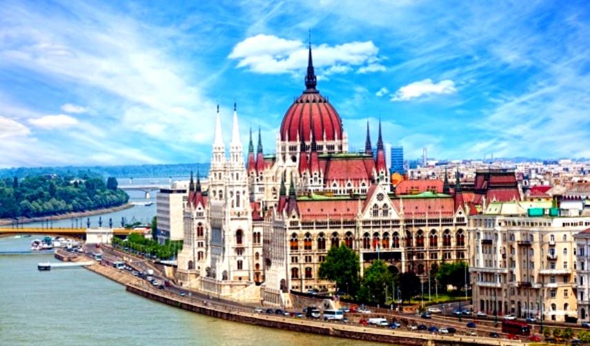 Уикенд в Будапеште АВИА  (а/к МАУ блок) с перелетом и питанием от 234 евро с человека