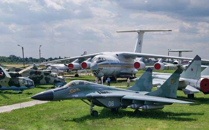 Первым делом – самолеты! Экскурсия в музей Авиации и ангар НАУ