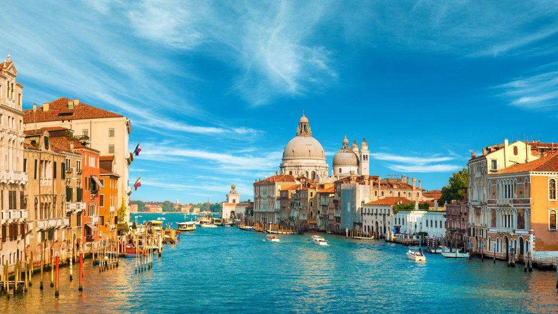 ВЕЛИЧИЕ АЛЬПИЙСКИХ ОЗЕР: Италия, Швейцария + Австрия