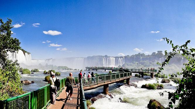 Загадочные Дюны с красочными озёрами-Красивый Рио-Шикарные Водопады и Фантастические пляжи севера Бразилии