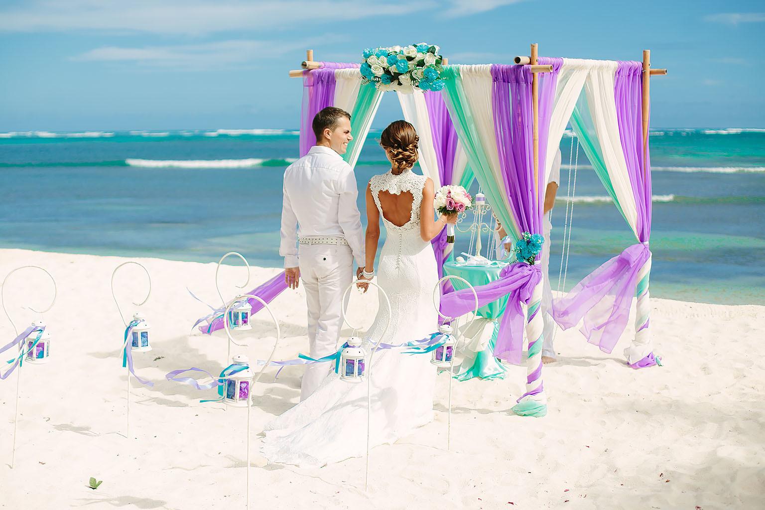 Свадебные церемонии на Мальдивах от 589 долларов