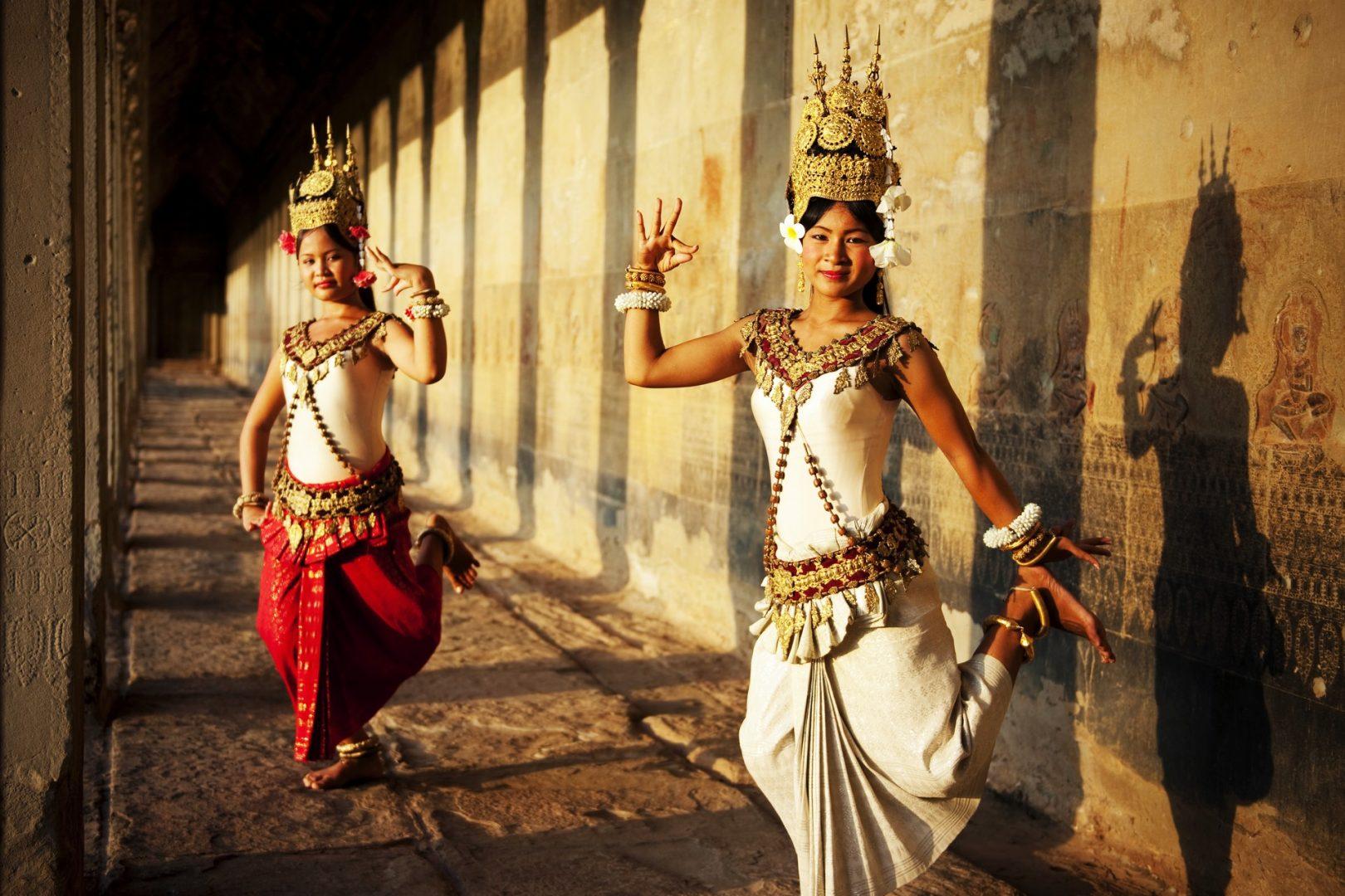Солнечные истории Лаоса   с посещением ВАНГ ВЬЕНГА