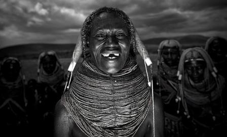 АНГОЛА. Водопады, дивные скалы и племена южной Анголы