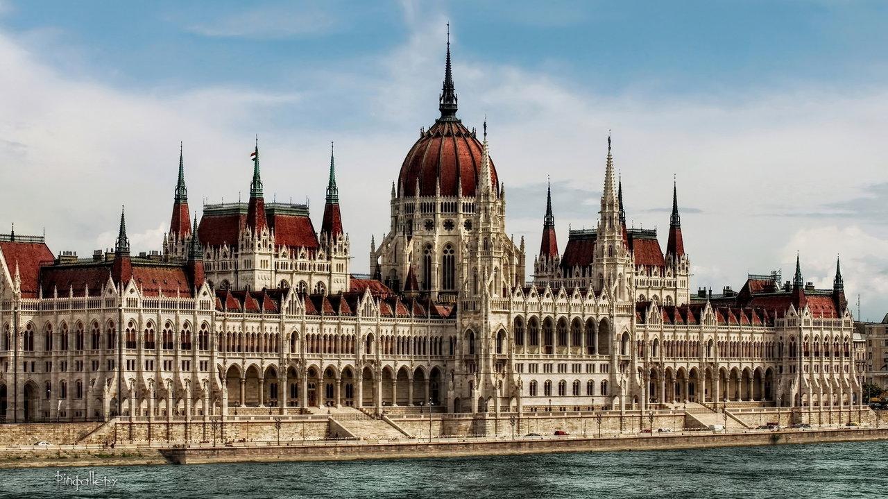 Уикенд в Будапеште АВИА  (а/к МАУ блок) с перелетом и питанием от 230 евро с человека