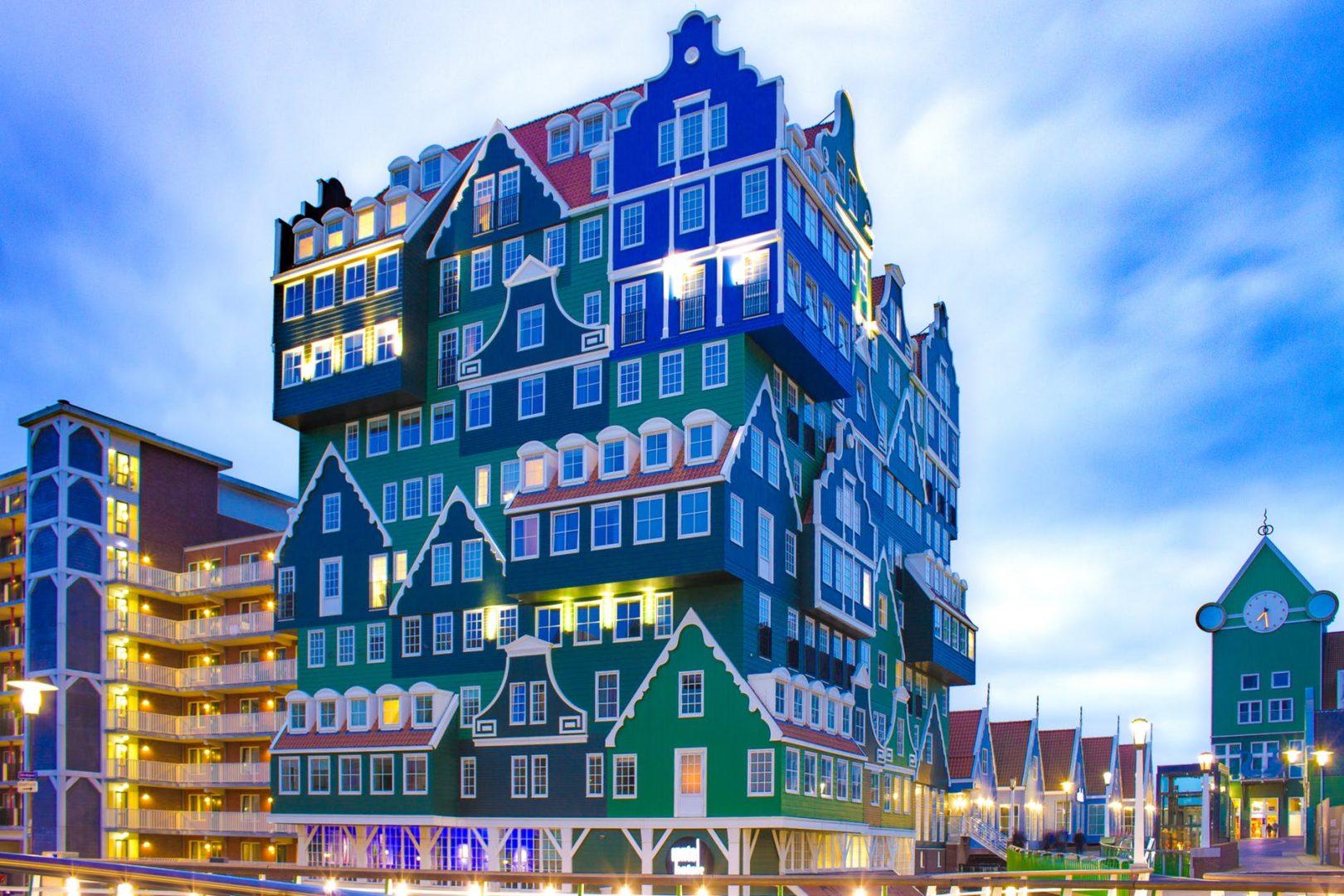 """Приключенческий квест """"Следуйте за красным кроликом"""" в Амстердаме"""