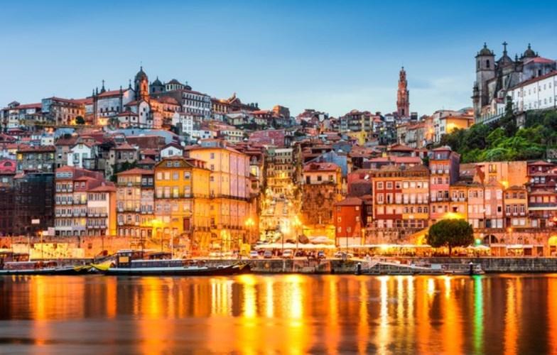 Португалия: 2 столицы и отдых на океане!
