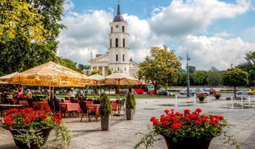 Майские праздники в Вильнюсе +Тракайский замок